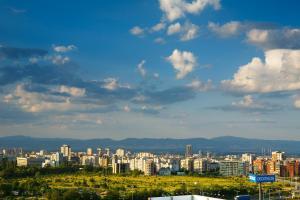 Изглед към София